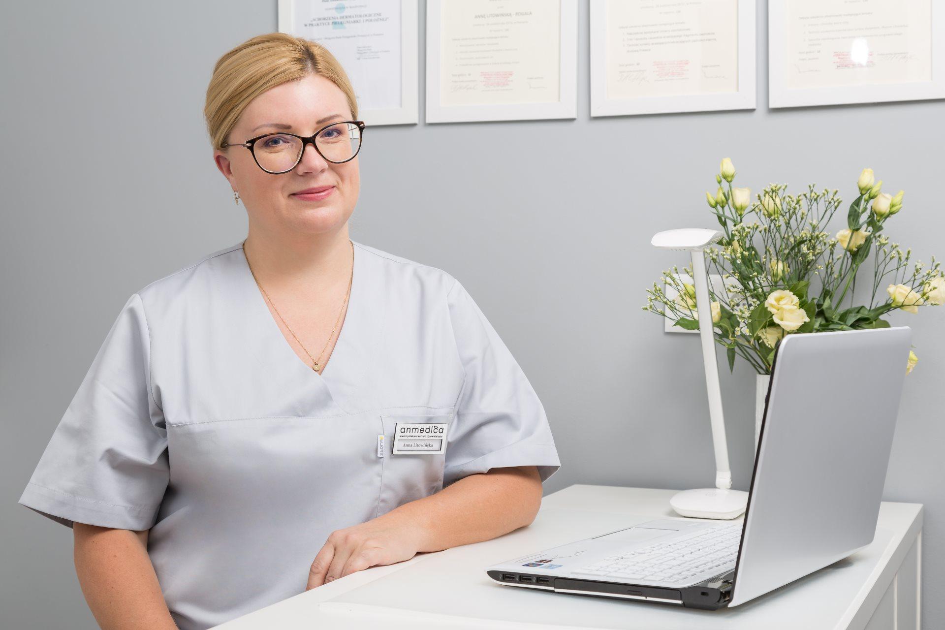 Podolog Anna Litowińska pracująca w Anmedica Poznań