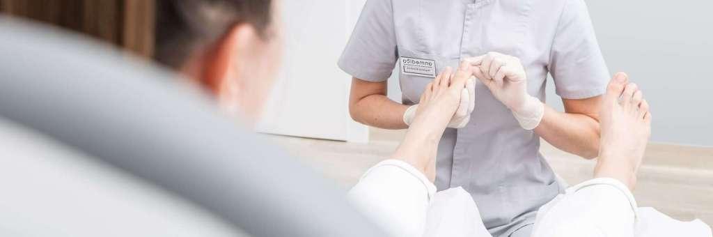 leczenie paznokcia u podologa