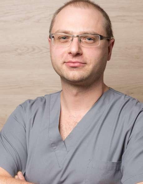 dr n. med. Mikołaj Dąbrowski